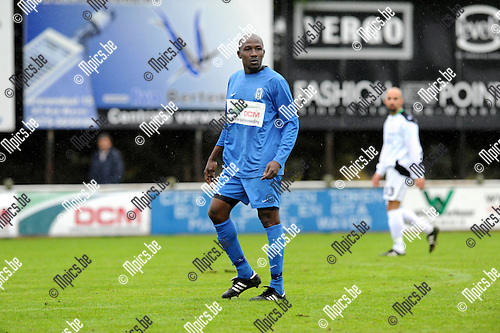 2011-10-09 / Voetbal / seizoen 2011-2012 / KFC Katelijne / Issa Traoré..Foto: Mpics