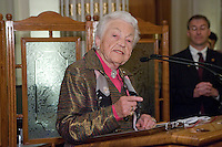 Mississauga mayor Hazel McCallion talks at the Federation of Canadian Municipalities (FCM) congress in Quebec city Saturday May 31, 2008.