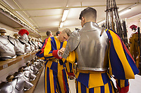 Guardie Svizzere vestono uniformi e armature per la cerimonia del giuramento Citta' del Vaticano, 6 maggio 2017.<br /> Pontifical Swiss Guards wear their uniforms and armors prior to attend the swearing-in a ceremony at the Vatican, 6 May 2017.<br /> UPDATE IMAGES PRESS/Riccardo De Luca<br /> <br /> STRICTLY ONLY FOR EDITORIAL USE