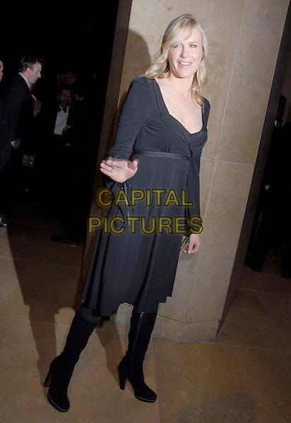 DARYL HANNAH.2007 ACE Eddie Awards 57th Annual Gala held at the Beverly Hilton Hotel, Beverly Hills, California, USA,.18 February 2007..full length black dress hand.CAP/ADM/GB.©Gary Boas/AdMedia/Capital Pictures.