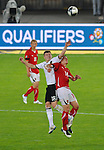 03.06.2011, Ernst Happel Stadion, Wien, AUT, UEFA EURO 2012, Qualifikation, Oesterreich (AUT) vs Deutschland (GER), im Bild Kopfballduell zwischen Toni Kroos, (GER, #18) und Julian Baumgartlinger, (AUT, #14) // during the UEFA Euro 2012 Qualifier Game, Austria vs Germany, at Ernst Happel Stadium, Vienna, 2010-06-03, EXPA Pictures © 2011, PhotoCredit: EXPA/ M. Gruber
