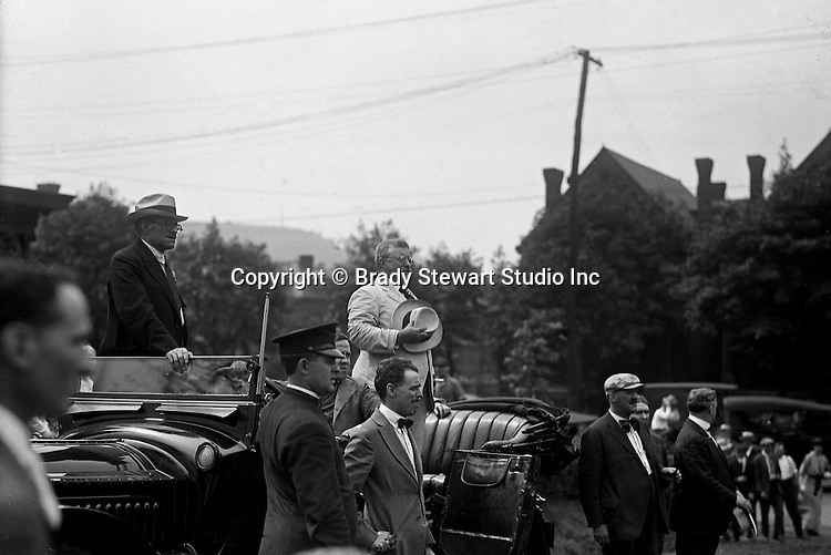 Pittsburgh PA: Brady Stewart on assignment for the Pittsburgh Leader. Teddy Roosevelt reviewing local military troops in the Oakland section of Pittsburgh - July 25th, 1917