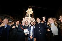Accensione delle luminarie in piazza dei Martiri con il sindaco Luigi De Magistris, Peppino di Capri e gli assessori Alessandra Clemente e Ciro Borriello