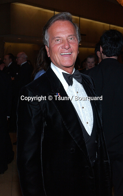Pat Boone arriving at the Mentor of the Year at the Beverly Hilton in Los Angeles. March 21, 2002.           -            BoonePat01.jpg