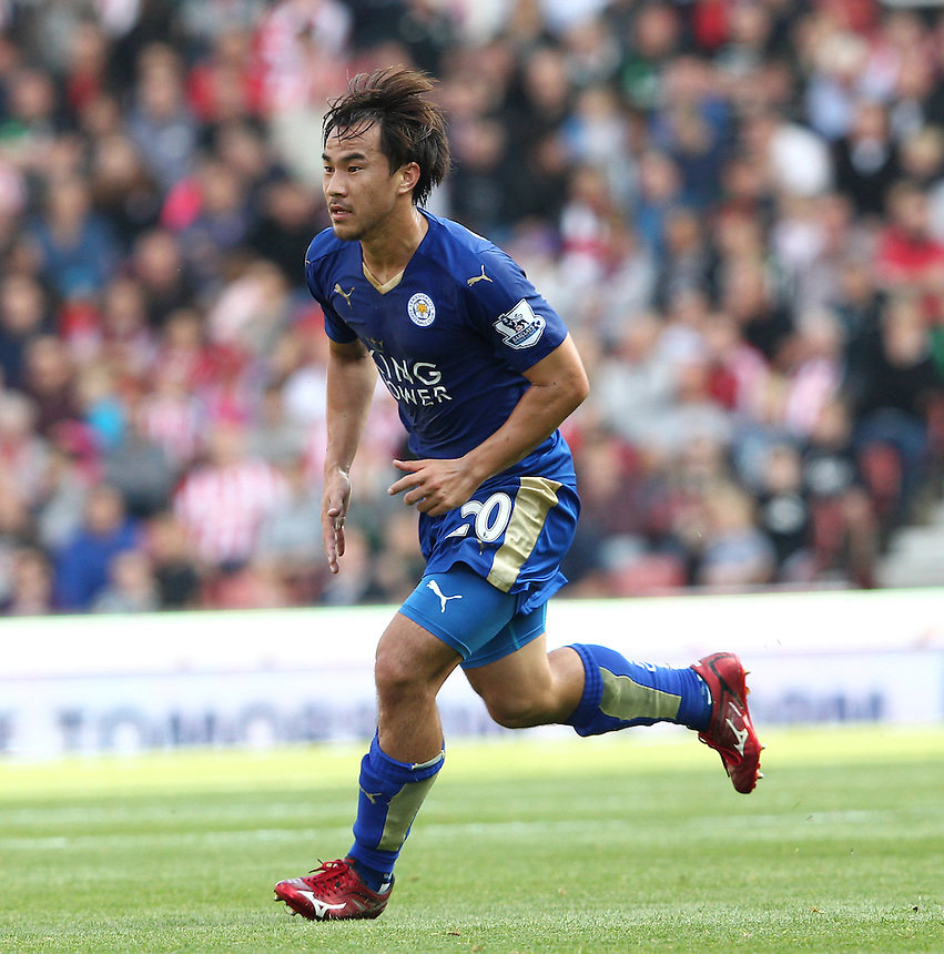 Leicester City's Shinji Okazaki in action during todays match  <br /> <br /> Photographer Rachel Holborn/CameraSport<br /> <br /> Football - Barclays Premier League - Stoke City v Leicester City - Saturday 19th September 2015 - Brtannia Stadium - Stoke<br /> <br /> <br /> &copy; CameraSport - 43 Linden Ave. Countesthorpe. Leicester. England. LE8 5PG - Tel: +44 (0) 116 277 4147 - admin@camerasport.com - www.camerasport.com