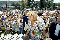 FILE PHOTO -   Dominique Michel<br /> au mariage de Rene Simard le 8 aout 1987<br /> <br /> <br /> PHOTO :   Agence quebec Presse
