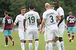 29.07.2017, Fritz Detmar Stadion, Lohne, GER, FSP SV Werder Bremen (GER) vs WestHam United (ENG), <br /> <br /> im Bild<br /> Jubel nach dem 1 zu 0 durch Luca Caldirola (Werder Bremen #3) mit Florian Kainz (Werder Bremen #7) Yuning Zhang (Neuzugang SV Werder Bremen #19)<br /> Max Kruse (Werder Bremen #10)<br /> <br /> <br /> Foto © nordphoto / Kokenge