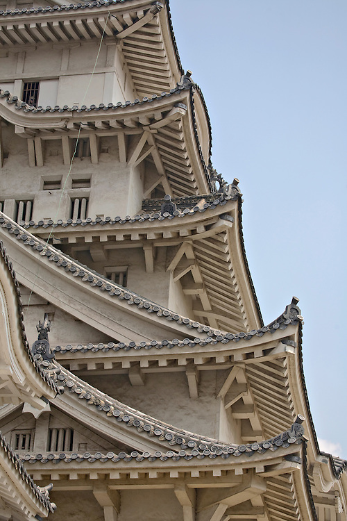 Roof detail of the main donjon, Daitenshu, at Himeji Castle