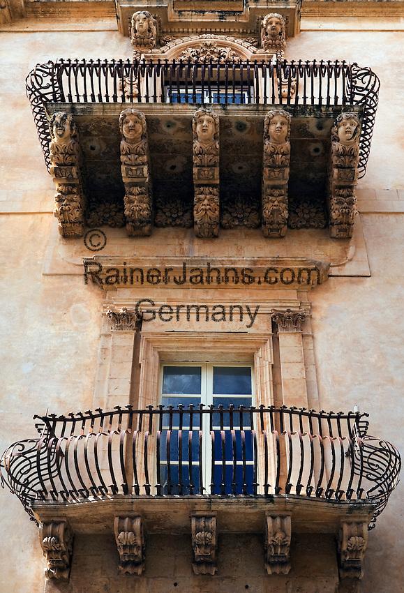 Italy, Sicily, Noto: Baroque balcony | Italien, Sizilien, Noto: barocker Balkon