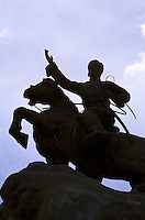 22 JUN 2002 - ULAAN BAATAR, MONGOLIA - Sukhbaatar Monument. (PHOTO (C) NIGEL FARROW)