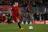 Roma s Radja Nainggolan in action during the Uefa Champions League round of 16 second leg soccer match between Roma and Shakhtar Donetsk at Rome's Olympic stadium, March 13, 2018. Roma won. 1-0 to join the quarter finals.<br /> UPDATE IMAGES PRESS/Riccardo De Luca