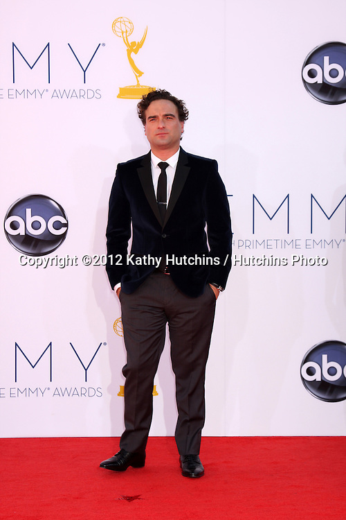 LOS ANGELES - SEP 23:  Johnny Galecki arrives at the 2012 Emmy Awards at Nokia Theater on September 23, 2012 in Los Angeles, CA