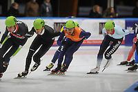 SCHAATSEN: LEEUWARDEN: 30-09-2015, Elfstedenhal, 1e competitiewedstrijd Mass Start, Sjinkie Knegt (#12), Jan Blokhuijsen (#8), ©foto Martin de Jong