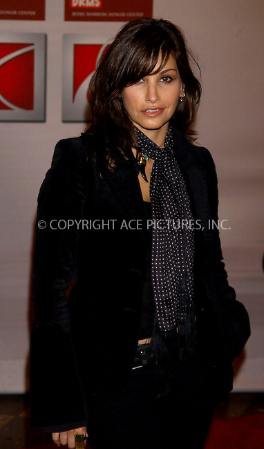 WWW.ACEPIXS.COM . . . . . ....NEW YORK, APRIL 12, 2006....Gina Gershon at the 'Saturn Rocks' Event in Times Square.....Please byline: KRISTIN CALLAHAN - ACEPIXS.COM.. . . . . . ..Ace Pictures, Inc:  ..(212) 243-8787 or (646) 679 0430..e-mail: info@acepixs.com..web: http://www.acepixs.com