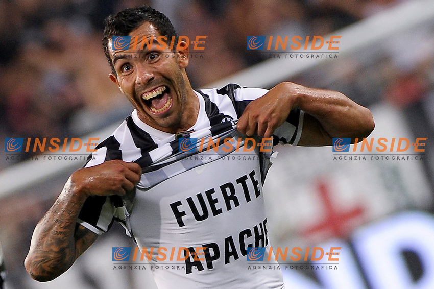 Esultanza Gol Goal Celebration Carlitos Tevez Juventus<br /> Torino 31-08-2013 Juventus Stadium<br /> Football Calcio 2013/2014 Serie A<br /> Juventus Vs Lazio<br /> Foto Federico Tardito Insidefoto