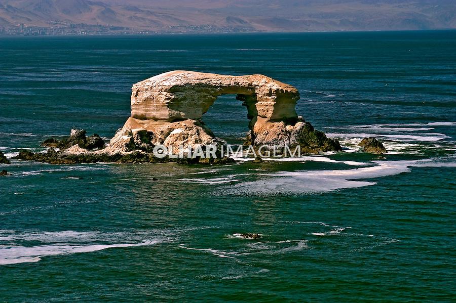 Rochas La Arcada em Antofagasta. Chile. 2004. Foto de Maristela Colucci.