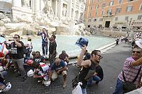 Roma, 31 Agosto 2012.Lavoratori Alcoa protestano a Fontana di Trevi