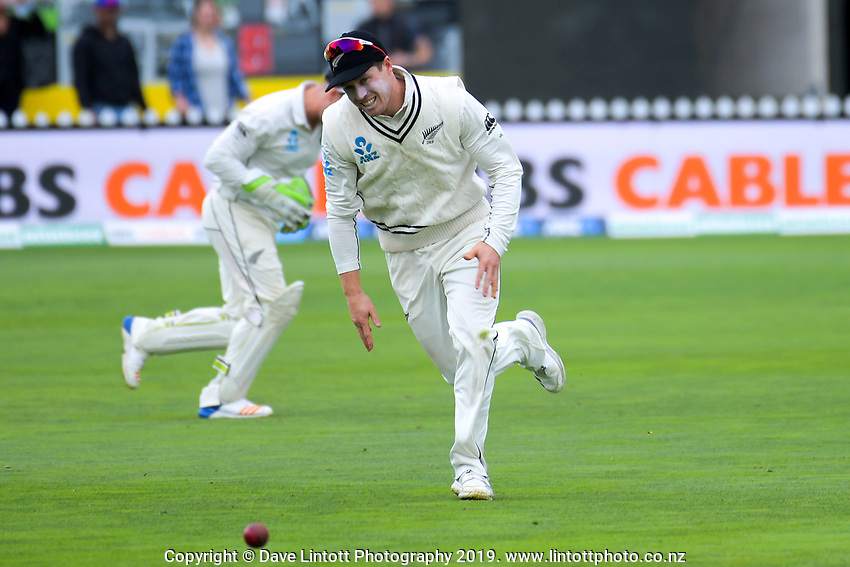 Henry Nicholls fields during day five of the international cricket match between NZ Black Caps and Bangladesh at the Basin Reserve in Wellington, New Zealand on Tuesday, 12 March 2019. Photo: Dave Lintott / lintottphoto.co.nz