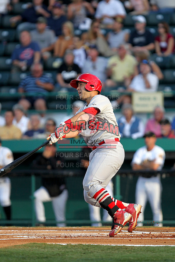 April 29, 2010 Catcher Tony Cruz of the Palm Beach Cardinals, Florida State League Class-A affiliate of the St.Louis Cardinals, during a game at McKenhnie Field in Bradenton Fl. Photo by: Mark LoMoglio/Four Seam Images