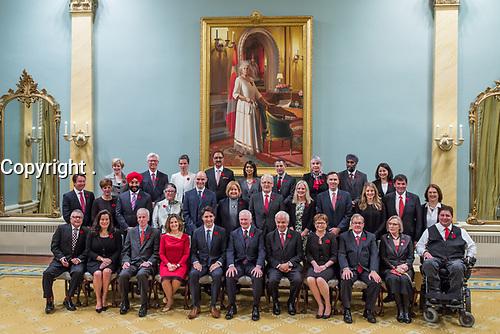 L'assermentation du Cabinet de 2015.