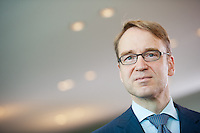 Berlin, der Praesident der Deutschen Bundesbank Jens Weidmann am Mittwoch (01.07.2015) im Bundeskanzleramt vor der Kabinettssitzung. Foto: Steffi Loos/CommonLens