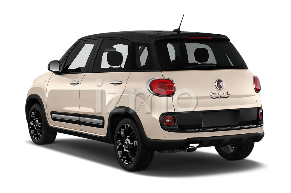 Car pictures of rear three quarter view of 2016 Fiat 500L Trekking 5 Door Mini MPV Angular Rear