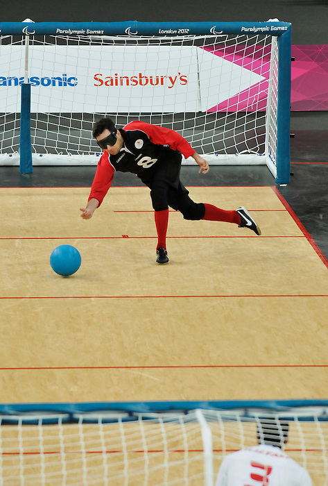 LONDON, ENGLAND 08/31/2012  Doug Ripley of the  Men's Goalball team competes in the Preliminary Group B against Iran at the London 2012 Paralympic Games at the Copper Box.  (Photo by Daniel Marcotte/Canadian Paralympic Committee)