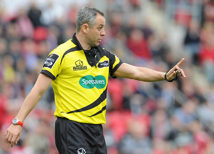 Referee John Lacey in action during todays match<br /> <br /> Photographer Ian Cook/CameraSport<br /> <br /> Rugby Union - Guinness PRO12 - Scarlets v Cardiff Blues - Sunday 10th May 2015 - Parc y Scarlets - Llanelli<br /> <br /> &copy; CameraSport - 43 Linden Ave. Countesthorpe. Leicester. England. LE8 5PG - Tel: +44 (0) 116 277 4147 - admin@camerasport.com - www.camerasport.com