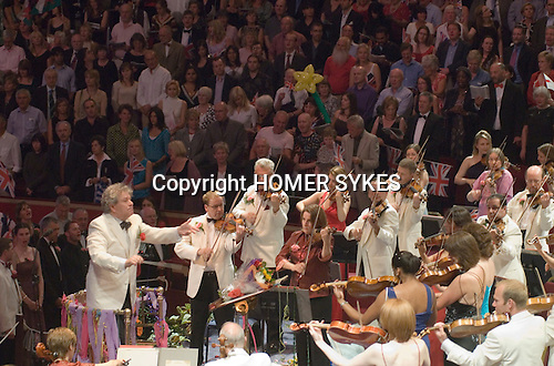 The Last Night of the Proms. The Royal Albert Hall South Kensington London. UK  2007. Jiri Belohlavek conducts the  Henry Wood Promenade Concerts.