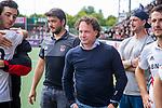 AMSTELVEEN  -  coach Jan John van 't Land (Adam)   met assistent-coach Joost Bitterling (Adam) Hoofdklasse hockey dames ,competitie, heren, Amsterdam-Pinoke (3-2)  . COPYRIGHT KOEN SUYK