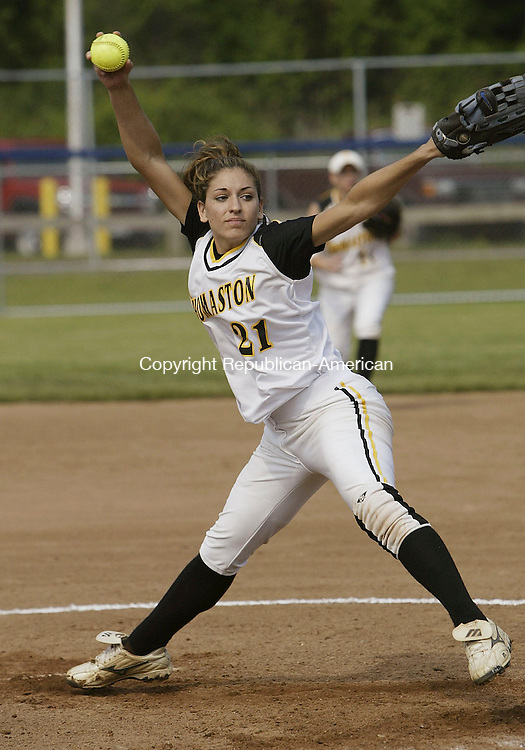 WEST HAVEN, CT - 06 June 2005 -060605BZ07- Thomaston #21, Heather Goscinski fires to the plate against Sacred heart during the semifinals at West Haven  Monday afternoon. <br /> Jamison C. Bazinet Photo