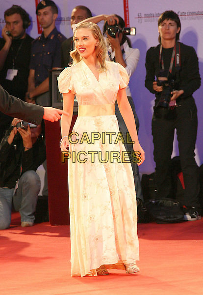 "SCARLETT JOHANSSON.The ""The Black Dahlia"" officially opens the 63rd Annual Venice Film Festival, Venice, Italy..August 30th, 2006.Ref: ADM/ZL.full length white dress wrap satin .www.capitalpictures.com.sales@capitalpictures.com.©Zach Lipp/AdMedia/Capital Pictures."