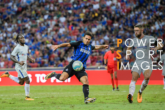 FC Internazionale Forward Eder Citadin Martins (L) attempts a kick during the International Champions Cup 2017 match between FC Internazionale and Chelsea FC on July 29, 2017 in Singapore. Photo by Marcio Rodrigo Machado / Power Sport Images