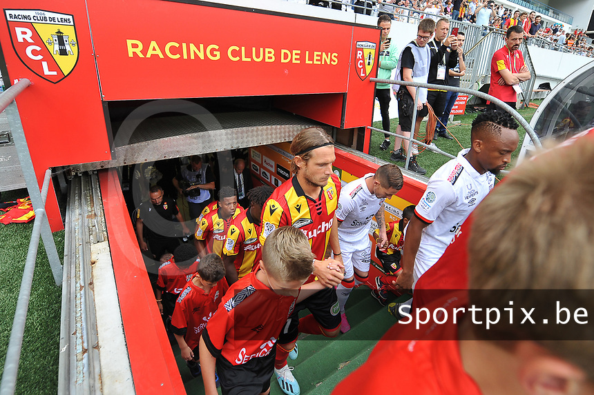 20190803 - LENS , FRANCE : illustration picture shows Lens' player Guillaume Gillet entering the pitch pictured during the soccer match between Racing Club de LENS and En Avant Guingamp , on the second matchday in the French Dominos pizza Ligue 2 at the Stade Bollaert Delelis stadium , Lens . Saturday 3 th August 2019 . PHOTO DIRK VUYLSTEKE   SPORTPIX.BE