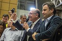 SAO PAULO, SP, 29.06.2014 - CONVENCAO PTB  - APOIO AECIO/ALCKMIN . O candidato do Partido da Social Democracia Brasileira (PSDB) a reeleição para o governo do estado de São Paulo, Geraldo Alckmin, e o candidato do PSDB a presidencia da Republica, Aecio Neves,  durante convenção do Partido Trabalhista Brasileiro (PTB) na assembleia legislativa de São Paulo, na manhã deste domingo (29) . O PTB apoiará as candidaturas de Geraldo Alckmin ao governo de São Paulo e Aecio Neves para Presidencia da Republica. (Foto: Adriana Spaca/Brazil Photo Press)