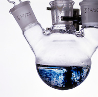 SODIUM DISSOLVES IN LIQUID AMMONIA<br />