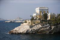 Europe/France/Provence-Alpes-Côte d'Azur/13/Bouches-du-Rhône/Marseille:détail villa sur la corniche