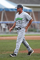 Jamestown Jammers manager Dave Berg (47) during a game vs. the Batavia Muckdogs at Dwyer Stadium in Batavia, New York July 17, 2010.   Batavia defeated Jamestown 6-1.  Photo By Mike Janes/Four Seam Images