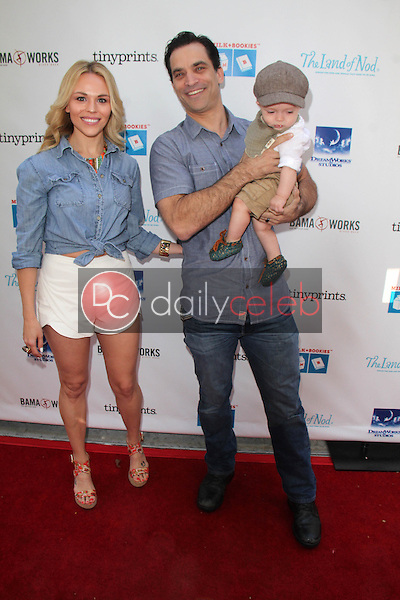 Julie Solomon, Johnathon Schaech, Camden Schaech<br />
