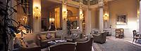 """Europe/Italie/Emilie-Romagne/Bologne : Hôtel """"Baglioni"""" - Détail d'une suite"""