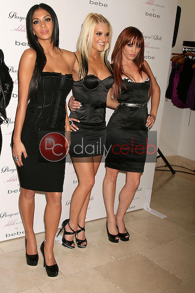 Nicole Scherzinger with Ashley Roberts and Jessica Sutta <br /> at the Launch of the Pusscat Dolls Lingerie '...Shhh'. Bebe, Beverly Hills, CA. 12-03-08<br /> Dave Edwards/DailyCeleb.com 818-249-4998