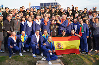 Winners The European Team wit the ground staff after the singles matches at the Ryder Cup, Le Golf National, Ile-de-France, France. 30/09/2018.<br /> Picture Fran Caffrey / Golffile.ie<br /> <br /> All photo usage must carry mandatory copyright credit (© Golffile | Fran Caffrey)