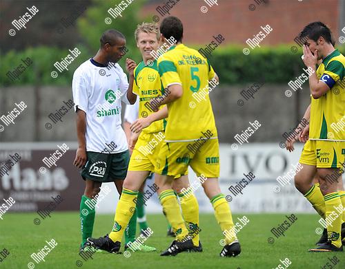 2011-08-13 / Voetbal / seizoen 2011-2012 / Witgoor - Verviers / Robin Peeters scoorde voor Witgoor..Foto: mpics