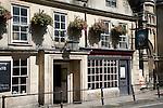 Exterior Saracens Head pub, Broad Street, Bath, England