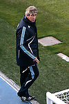 Madrid (02/03/10).-Entrenamiento del Real Madrid..Manuel Pellegrini...© Alex Cid-Fuentes/ ALFAQUI..Madrid (02/03/10).-Training session of Real Madrid c.f..Manuel Pellegrini...© Alex Cid-Fuentes/ ALFAQUI.