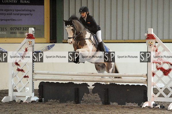 Stapleford Abbotts. United Kingdom. 28 October 2018. Class 8. Christmas Extravaganza showjumping. Brook Farm training centre. Stapleford Abbotts. Essex. UK. 28/10/2018.  MANDATORY Credit Ellen Szalai/Sport in Pictures - NO UNAUTHORISED USE - 07837 394578