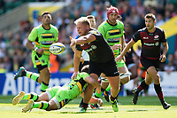 Richard Barrington of Saracens offloads the ball after being tackled. Aviva Premiership match, between Saracens and Northampton Saints on September 2, 2017 at Twickenham Stadium in London, England. Photo by: Patrick Khachfe / JMP