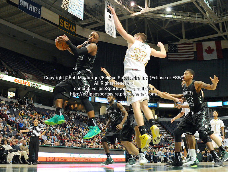 Siena defeats Manhattan 89-54 in a MAAC conference game on December 04, 2015 at the Times Union Center in Albany, New York.  (Bob Mayberger/Eclipse Sportswire)