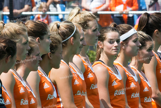 27/06/2015<br /> HWL Semi Final Antwerp Belgium 2015<br /> Netherlands v Italy Women<br /> netherlands<br /> Photo: Grant Treeby