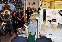 November 7 2017, PARIS FRANCE<br /> The Actress Niole Kidman inaugurates the<br /> Chritmas Windows in the Printemps Store<br /> on Avenue Hausmann Paris. # NICOLE KIDMAN INAUGURE LES VITRINES DE NOEL DU PRINTEMPS